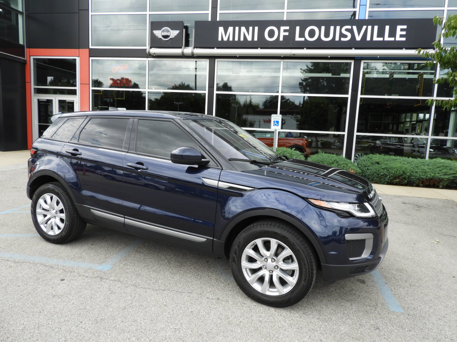 Pre Owned 2017 Land Rover Range Evoque